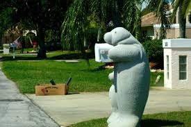 Manatee Mailboxes Sells The Perfect Lawn Ornaments Simplemost