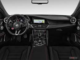 alfa romeo giulia interior. Simple Romeo 2018 Alfa Romeo Giulia In Interior 0