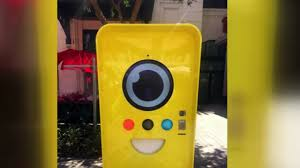 Snapchat Vending Machine Locations Extraordinary LINQ Promenade Features Snapchat Spectacles Vending Machine KTNV