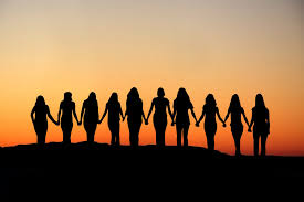 Bilderesultat for bilder av undertrykte kvinner
