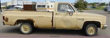 1983 Chevrolet C10 Custom Deluxe pickup truck   Item A3103  ...