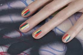 Easy Spring Nail Art Ideas to Try at Home | Glamour