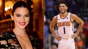Kendall jenner showed off a cute orange outfit in honor of her boyfriend devin booker 's first nba finals game — which she later attended in the bombshell look — on tuesday, july 6. Devin Booker Flirts With Kendall Jenner On Instagram After Suns Win Vs Thunder Kendall Responds The Sportsrush