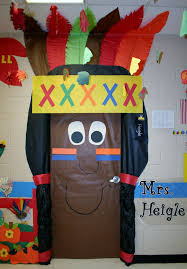 classroom door decorations for fall.  For Latest Classroom Door Decorations With Best Thanksgiving  Ideas On Pinterest Fall Inside For