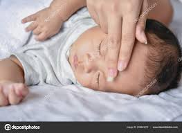 Neugeborenen Konzept Das Baby Ist Krank Schlafzimmer Eltern