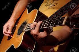 Có nên mua đàn guitar Yamaha cũ không?