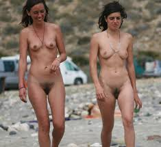Hairy Nudist satuwo27