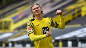 Aug 24, 2021 · haaland's past connection to ole gunnar solskjaer is well known, having played for molde before moving to rb salzburg, and it is also well known that solskjaer wants a new number 9 to lead his. Erling Haaland Hints At Dortmund Stay Despite Transfer Links