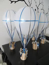 DIY Air Balloon Centerpieces for Travel-Themed Wedding  Cicy Guimond.
