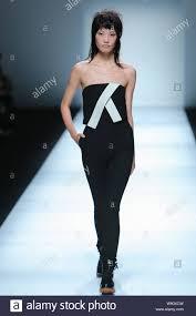 A model displays a new creation at the JINNNN by Jin Chong Yu fashion show  during the Shanghai Fashion Week Spring/Summer 2015 in Shanghai, China, 19  Stock Photo - Alamy