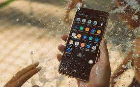 Điện thoại tự tăng giảm âm lượng? Nguyên nhân & cách khắc phục dễ nhất