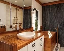 Bagno Giapponese Moderno : Foto e idee per bagni bagno con vasca giapponese ante bianche