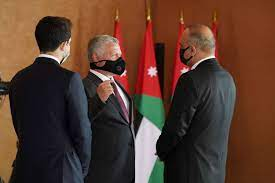 تعديل وزاري في الأردن يستهدف ترشيق الحكومة وضبطها على إيقاع الخصاونة |