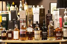 whisky tasting evening for two with liquid gold whisky co