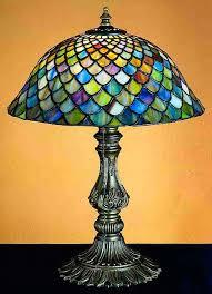 fishscale 17 table lamp