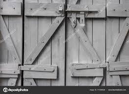 Fensterläden Aus Holz Und Eine Schraube Stockfoto Sergeka 171499034