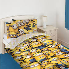 Minion Wallpaper For Bedroom Official Despicable Me Minions Single Double Duvet Covers Bedding