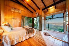 Lodge Treetops Seaview, Montville, Australia - Booking.com