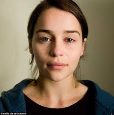 emilia clarke without makeup she looks so normal and it makes me happy