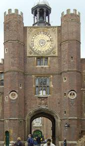 anne boleyn s gate the tudor gatehouse and astronomical clock made for henry viii in