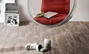 Vinylboden zum klicken ist einfach zu verlegen. Vinylboden Verlegen Und Richtig Pflegen Ihr Holzshop De
