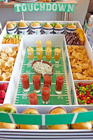 12 diy football decorations for a super bowl party decorating ideas for super bowl