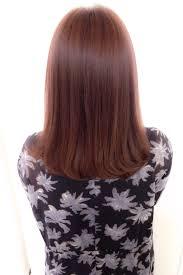 重めのヘアも華やかにホイルカラーハイライトカラー