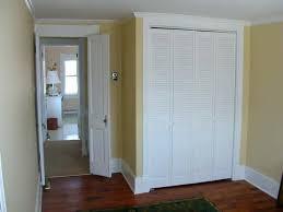 sliding closet door louvered doors