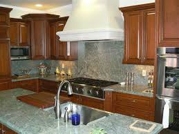 green granite countertops design