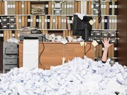 messy office pictures. messy woman annoying office behaviours pictures