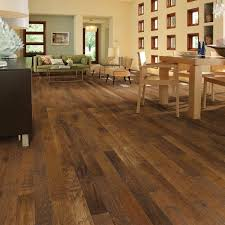 shaw western hickory espresso 3 4 in thick x 3 1 4 in wide x random length solid hardwood flooring 27 sq ft case dh83100879 the