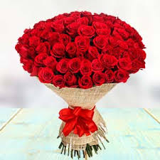 100 red roses gift vivek nagar bangalore
