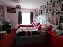 Punk Rock Bedroom 7 Bedroom Detached House For Sale In Bank House Guest House
