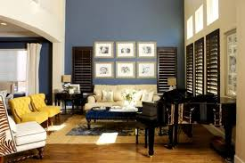 Traditional Blue and Yellow Living Room
