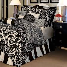 queen black and white bedding