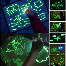 2019 2019 Draw With Light Fun And Developing Toy Drawing Board Magic Draw Educational Fluorescent Board Developing Intelligence From Wangxiaofeng806