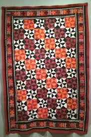 Ralli Quilts and Conversations   OccasionalPiece--Quilt! & I loved the contemporary look of these quilts, many made in the 1970s.  There are several sites that sell newer ralli quilts and can be found by a  search on ... Adamdwight.com