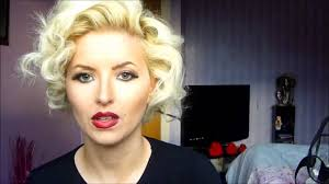 Marilyn Monroe Hairstyle Hairstyles Marilyn Monroe Hair Tutorial Vintage Icon Hair