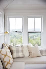 Find this Pin and more on Reading Nooks, Window Seats & Alcoves by  eltonneustel.