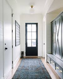 Mudroom amazingness by @katemarkerinteriors. And this weeks ...
