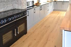 Wooden Flooring In Kitchen 3 Oak Kitchen Wood Flooring
