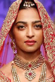makeup for diwali indian party makeup radhika apte