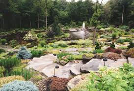 Lawn & Garden:Diy Backyard Rock River Garden With Black And Cream Stone  Color Idea