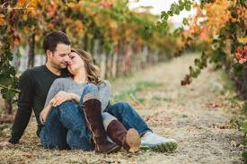 24 cozy and sweet fall engagement shoot ideas weddingomania