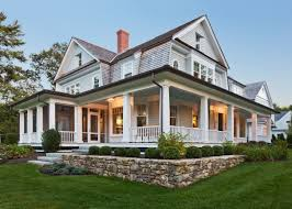 ExpertlyCrafted Paint Schemes For Your Home Exterior - Farmhouse exterior paint colors