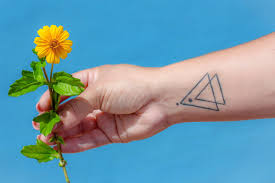 Simple Stick And Poke Designs Stick And Poke Tattoo Ideas Lovetoknow