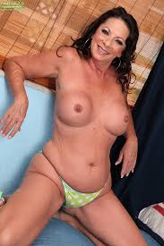 Older picture pussy woman