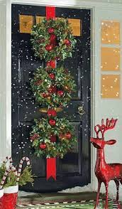 office christmas door decorating ideas. 50 amazing outdoor christmas decorations digsdigs love the red reindeer would look great next to my green door and wreath office decorating ideas