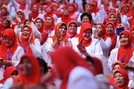 Image result for wanita umno kempen rumah ke rumah