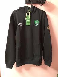 For the latest men tracksuits of your favorite football team, shop in the uae and saudia arabia (ksa). Umbro Al Ahli Saudi Arabia Hoddie Sweat Shirt Outwear Sweater New W Tag